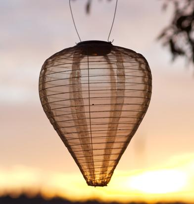 Un lampione per le calde sere d'estate