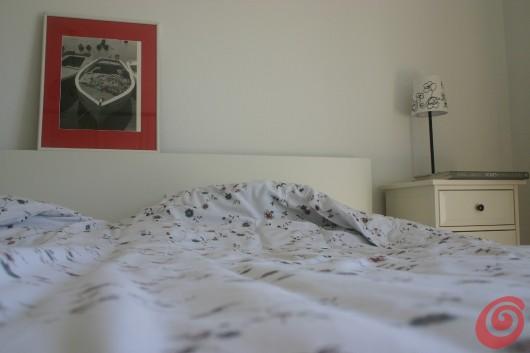 La camera da letto bianca