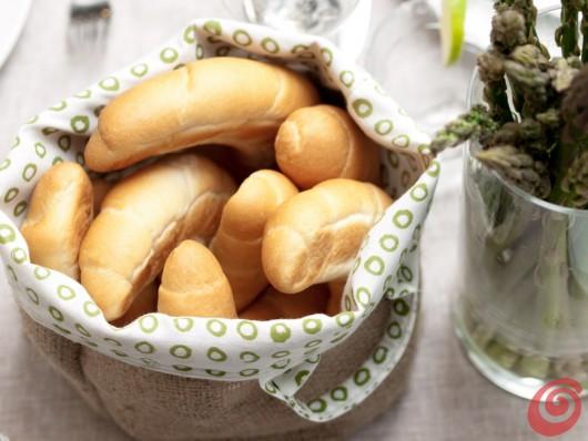 I panini al latte da gustare con gli asparagi