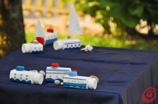 Le barche fermatovaglia fai da te per la tavola decorata estiva