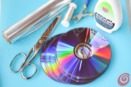 Decorazioni Fai Da Te Per Feste : Lo scacciaspiriti luminoso ricavato da vecchi cd u casa e trend