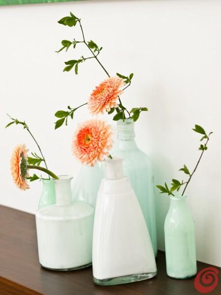 Una composizione con i vasi fai da te