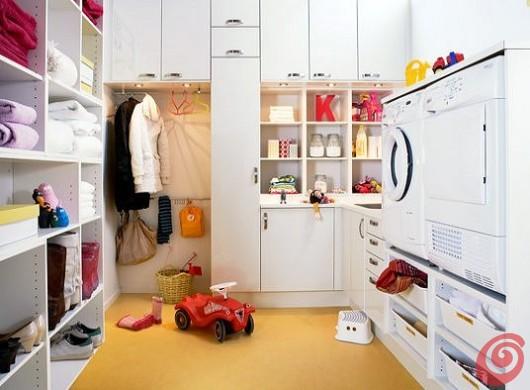 Arredare la lavanderia e la lavastoviglie con Marbodal che propone di venire incontro alle esigenze in fatto di ergonomia.