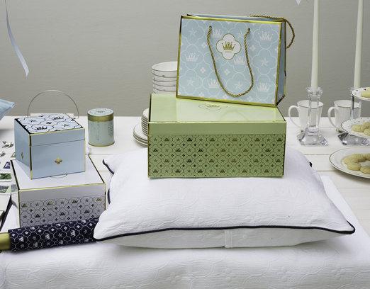 La linea di scatole per i souvenir commemorativi per il matrimonio reale svedese.