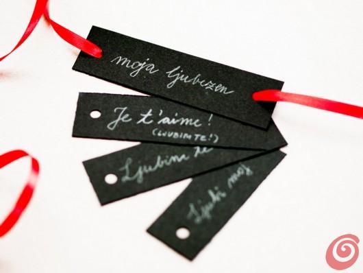 I messaggi d'amore per la decorazione fai da te in bianco, rosso e nero