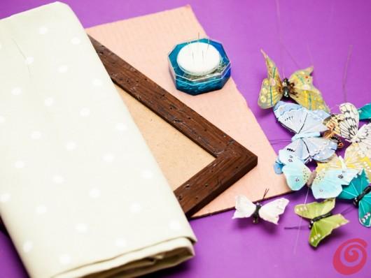 Ideja za dekoriranje: metulji v okviru