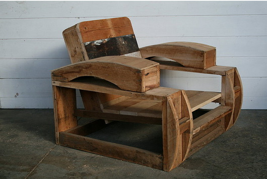 I mobili con i materiali di recupero di greg hatton casa e trend - Recupero mobili ...