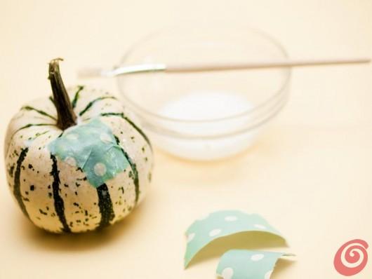 l'idea per decorare con le zucche: la zucca in pigiama