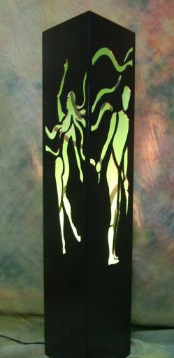 le lampade di Suzana Grgić creano degli interessanti giochi di luce