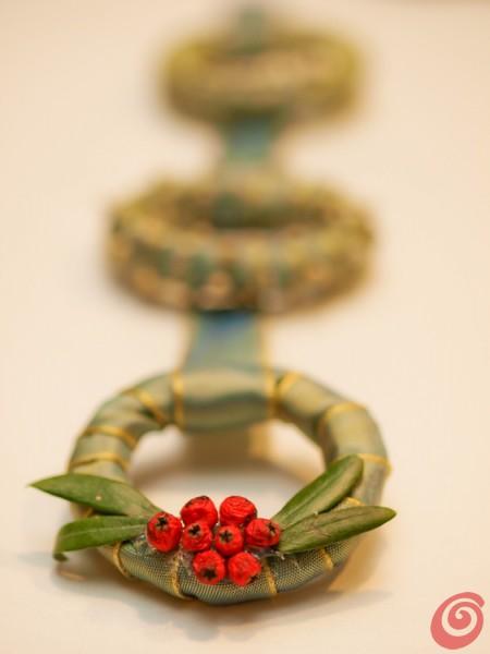 piccole ghirlande da regalare o per decorare la casa di Natale
