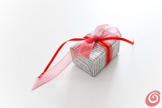 confezionare i regali di natale con materiali di recupero e riciclo