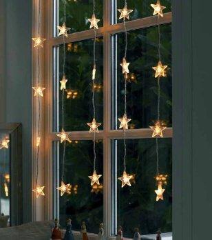 Addobbi natalizi ispirazioni per decorare la casa casa e trend - Decori per finestre esterne ...