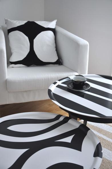 I colori primaverili come li vedono i produttori di tessili per la casa scandinavi: cuscini decorativi, tappeti, tende, tovaglie, rivestimenti. Come resistervi? Ordmarkt e Sofie Sjostrom