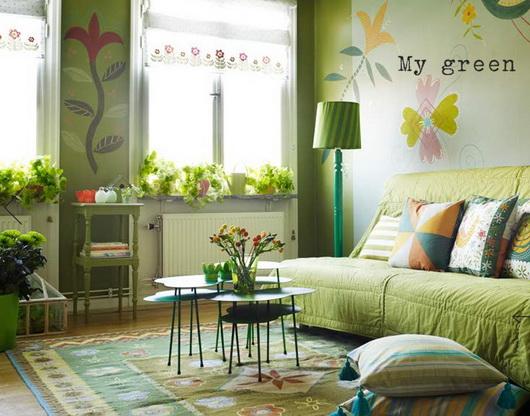 I colori primaverili come li vedono i produttori di tessili per la casa scandinavi: cuscini decorativi, tappeti, tende, tovaglie, rivestimenti. Come resistervi? Gudrun Sjoden