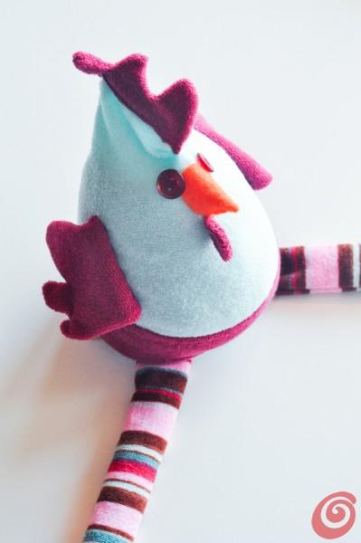 Realizziamo una tenera gallina in stoffa che farà tanti bei ovetti per Pasqua!