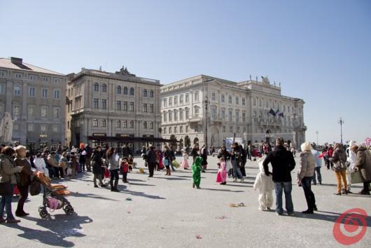 Facciate maestose, ottimi caffè, shopping. Questo e molto altro si cela nel viavai di Trieste.