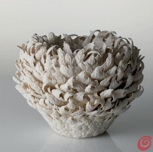 Hitomi Hosono: ceramica bianca d'autore