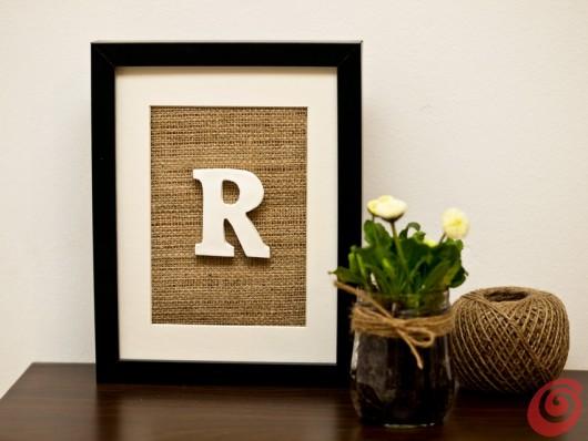 Lavoretti per la decorazione, il quadro con la lettera iniziale facile e veloce