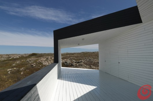 L'unione dell'architettura moderna con la tradizione, per riportare la vita sulle isole dela Terranova si aggiudica il primo premio al Hiše awards.