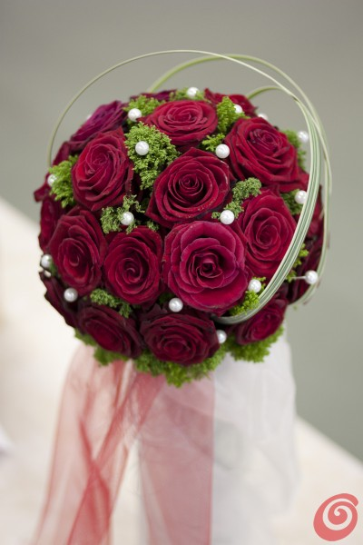Amato I bouquet da sposa innovativi, quelli più colorati – Casa e Trend AA72