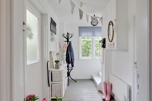 Come arredare un ingresso o un corridoio casa e trend for Arredare un ingresso stretto