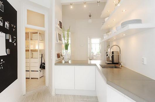 Una casa tutta bianca casa e trend - Cucina tutta bianca ...