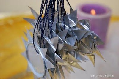 Addobbi natalizi di recupero: i lumini usati