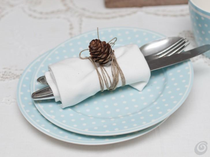 Decorare la tavola a natale con un oggetto vintage