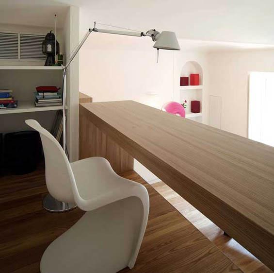 Ristrutturare con il legno e il bianco