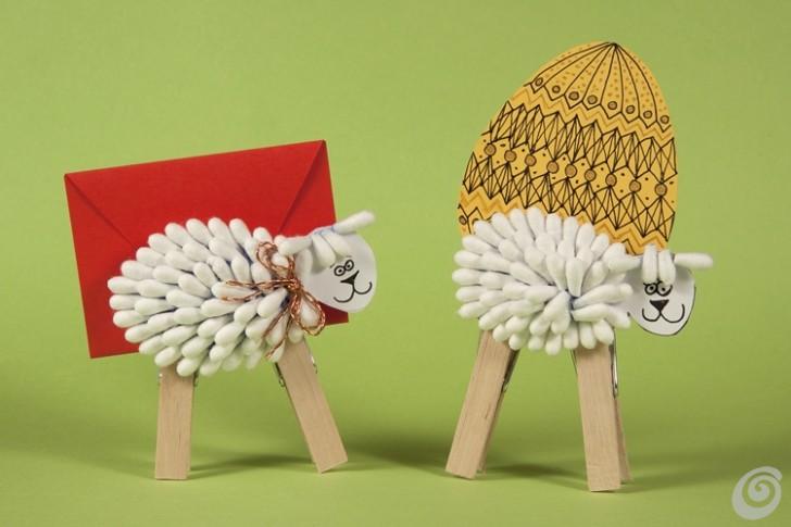 Lavoretti pasquali, l'agnello per il biglietto d'auguri