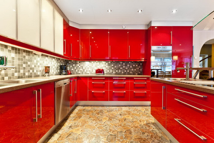 Le cucine moderne colorate casa e trend - Piastrelle cucina rosse ...