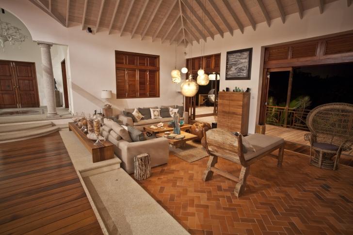 Materiali naturali tradizione e design in riva al mare caraibico