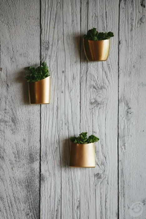 vasi-parete-flaconi-riciclo