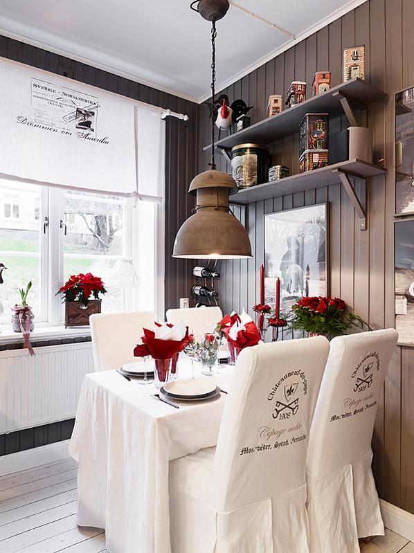 cucina_bianca_rustica_frigorifero_rosso