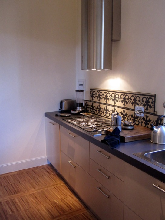 Cementine vintage per le cucine moderne casa e trend - Mattonelle da cucina moderne ...