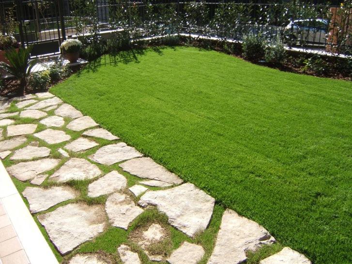 Pavimenti per esterni i materiali naturali casa e trend - Pavimentazione giardino senza cemento ...