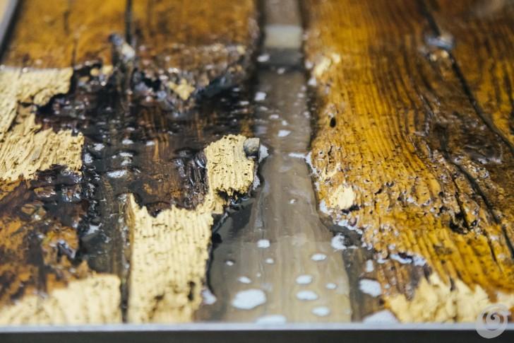 Lavorare Il Legno Grezzo : Legno di recupero e resina per un bancone vintage u casa e trend