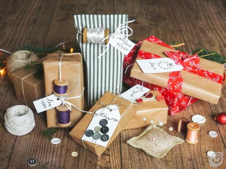 confezioni-regalo-natale-bottoni-stoffa
