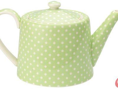 Keramični čajnik v svetlo zeleni barvi z belimi pikami. V premeru meri 15,5 cm.