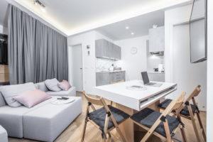Majhno stanovanje opremljeno s pomočjo arhitekta