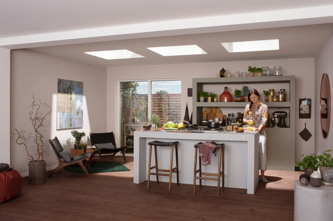 Come rendere luminosa una mansarda casa e trend for Finestre velux tende